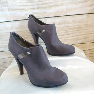 Worthington Gray Faux Suede Heeled Booties size 11